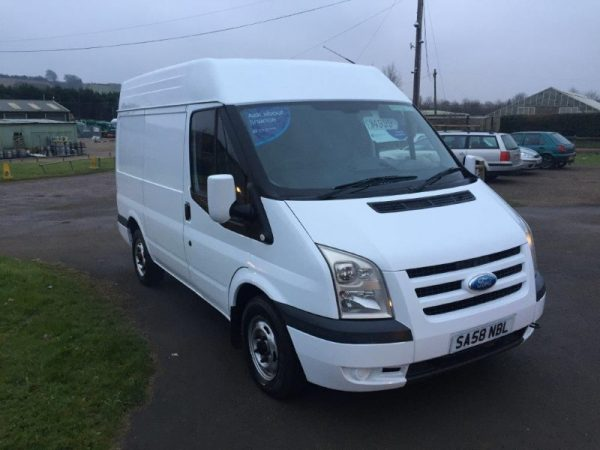 FORD TRANSIT 85T260S FWD MED ROOF (2)