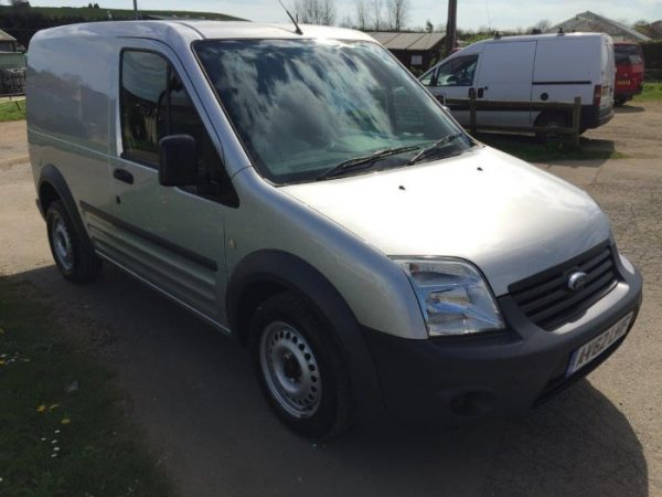 FORD TRANSIT CONNECT (4)