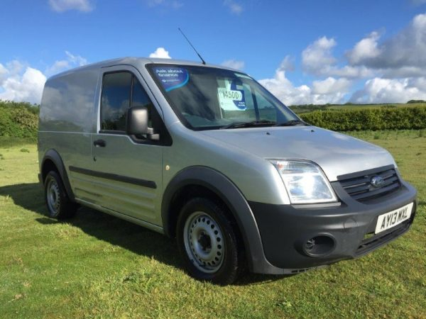 FORD TRANSIT CONNECT SWB 75T220 (1)