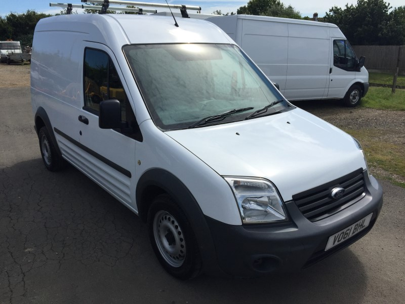 ford transit connect 90t230 lwb high roof vans for sale isle of wight. Black Bedroom Furniture Sets. Home Design Ideas
