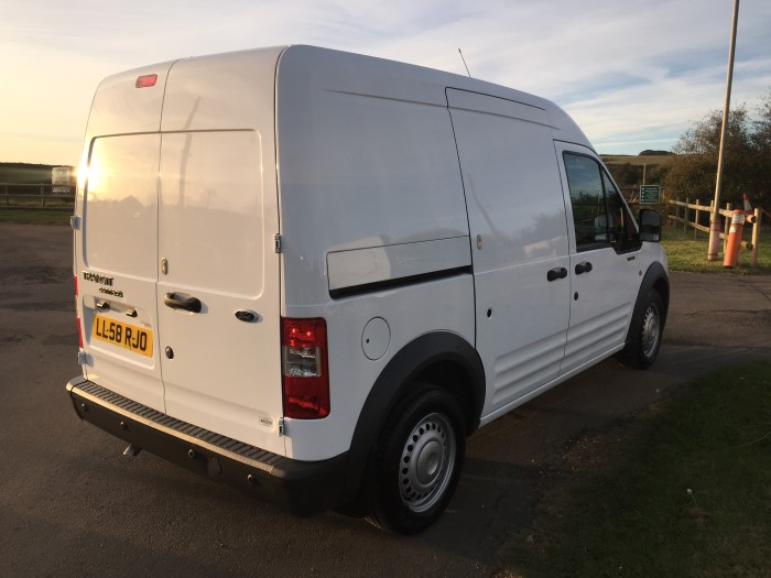 ford transit connect 230lx90 vans for sale isle of wight. Black Bedroom Furniture Sets. Home Design Ideas