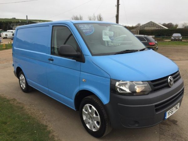 VW TRANSPORTER T30 140PS (1)